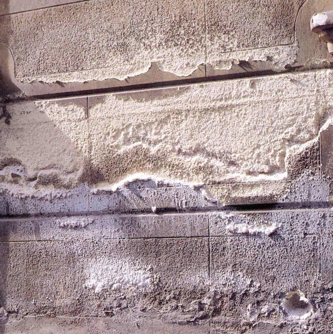 effloresence-in-exterior-walls1569428460.jpg